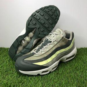 "Nike Air Max 95 ""Mineral Spruce"""